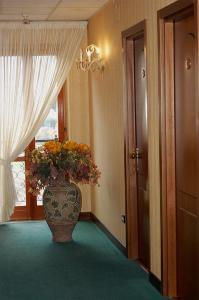 Hotel Ristorante Donato, Hotely  Calvizzano - big - 51