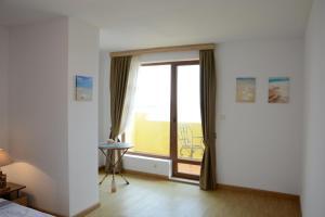 Balchik Amazing Sea View, Appartamenti  Balchik - big - 41