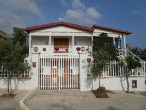 Delianick Holiday Home