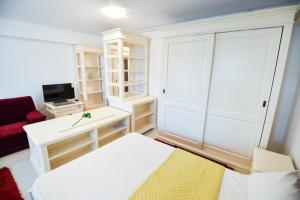 Airport Residence, Apartmány  Otopeni - big - 70