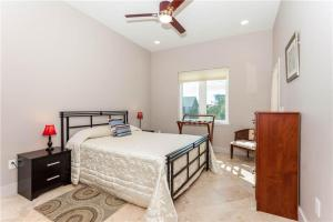 Augustine Sunset Holiday Home, Дома для отпуска  Vilano Beach - big - 22