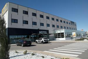 Hotel Sercotel AS Torrent