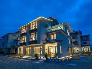 Yinju Inn