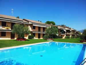 Al Roccolino apartment- with swimming pool