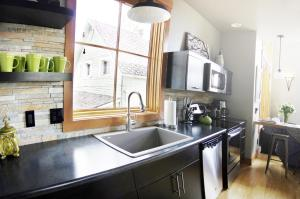 22, Apartments  Whitefish - big - 23