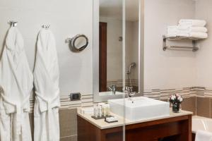 Отель Doubletree by Hilton - фото 12