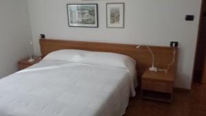 Albergo Garnì Delle Rose, Hotels  Dro - big - 19