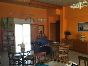 I Colori dell'Arcobaleno, Bed & Breakfasts  Santo Stefano di Camastra - big - 18