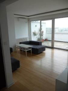 (Belgrade Danube Apartment)