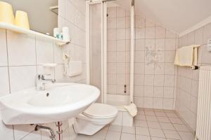 Hotel Landgasthof Kramer, Hotely  Eichenzell - big - 22