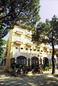Hotel Tonti, Hotely  Misano Adriatico - big - 33