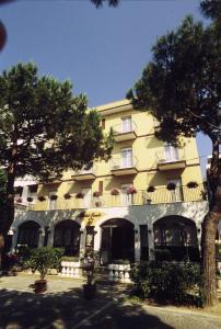 Hotel Tonti, Hotely  Misano Adriatico - big - 37