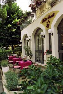 Hotel Tonti, Hotely  Misano Adriatico - big - 36