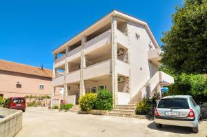 Apartments Samardžic
