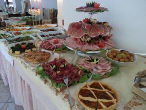 Hotel Tonti, Hotely  Misano Adriatico - big - 49