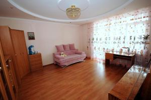 Elena Guest House, Vendégházak  Jevpatorija - big - 13