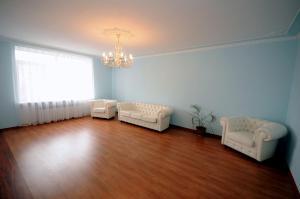Elena Guest House, Vendégházak  Jevpatorija - big - 3