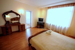 Elena Guest House, Vendégházak  Jevpatorija - big - 12