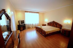 Elena Guest House, Vendégházak  Jevpatorija - big - 2