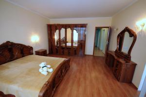 Elena Guest House, Vendégházak  Jevpatorija - big - 11