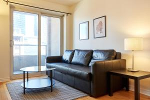 Atlas Suites Furnished Apartments- Rogers Center, Downtown Toronto, Apartmány  Toronto - big - 5