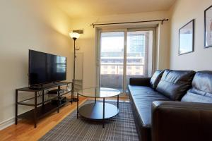 Atlas Suites Furnished Apartments- Rogers Center, Downtown Toronto, Apartmány  Toronto - big - 16