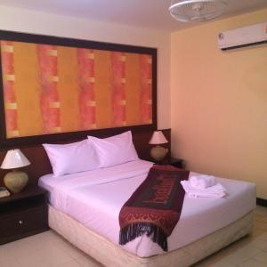 True Hotel