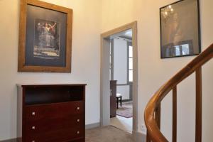 Maison du chatelain, Penziony  Saint-Aignan - big - 43