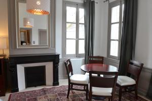 Maison du chatelain, Penziony  Saint-Aignan - big - 41