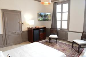 Maison du chatelain, Penziony  Saint-Aignan - big - 24