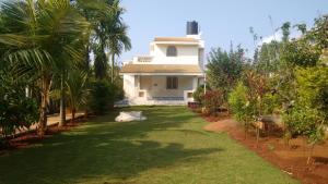 Holiday Home Sai & Shreeya's Cottage