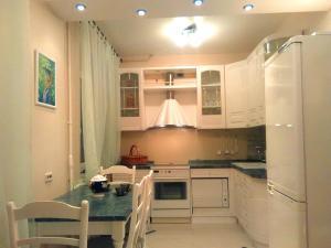Lakshmi Apartments Vasnetsov