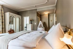 Romantik Hotel Schweizerhof, Hotely  Flims - big - 30