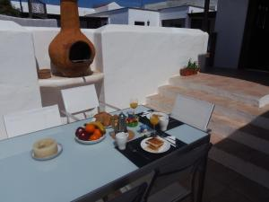 Casa Alba, Bed and Breakfasts  Nazaret - big - 23