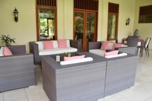 Guesthouse Rumah Senang, Гостевые дома  Kalibaru - big - 69
