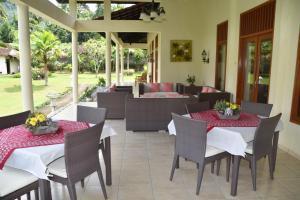 Guesthouse Rumah Senang, Гостевые дома  Kalibaru - big - 67
