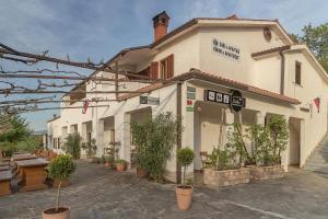 Slovenian Istria Rooms & Apartments