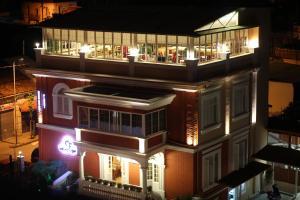 4 star viesnīca Hotel Boutique Restaurant Gloria Tirāna Albānija