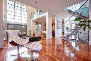 obrázek - Luxury Designer Home Away From Home