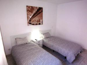 Sunset Bay Self-catering Apartments, Apartments  Adeje - big - 12