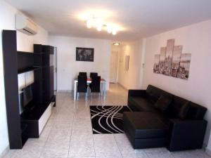 Sunset Bay Self-catering Apartments, Apartments  Adeje - big - 1