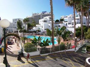 Sunset Bay Self-catering Apartments, Apartments  Adeje - big - 25