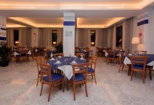 Hotel Leone, Szállodák  Sorrento - big - 125
