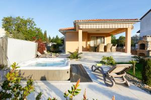 Villa Lavender's Breeze