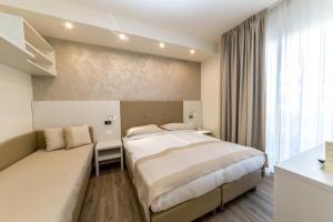 Hotel Touring, Hotely  Lido di Jesolo - big - 37