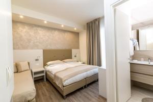 Hotel Touring, Hotely  Lido di Jesolo - big - 39