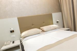 Hotel Touring, Hotely  Lido di Jesolo - big - 40