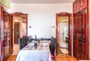 Villa Roses Apartments & Wellness, Apartmány  Ičići - big - 16