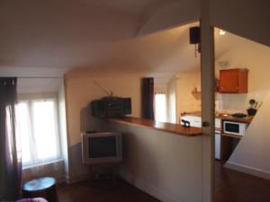 Chambres et Tables d'hôtes à l'Auberge Touristique, Bed & Breakfast  Meuvaines - big - 25