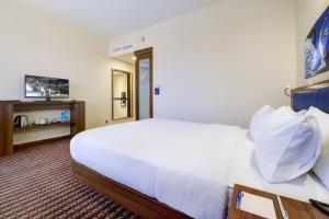 Отель Hampton by Hilton Профсоюзная - фото 2